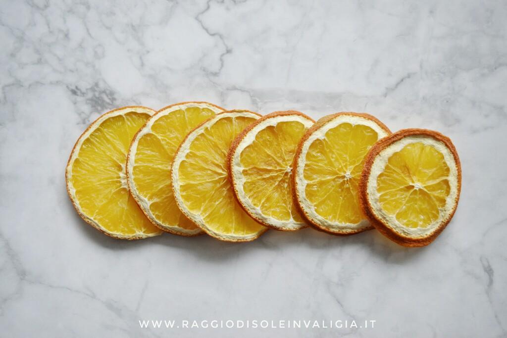 fai da te semplice, fette d'arancia essiccata decorazione per la casa