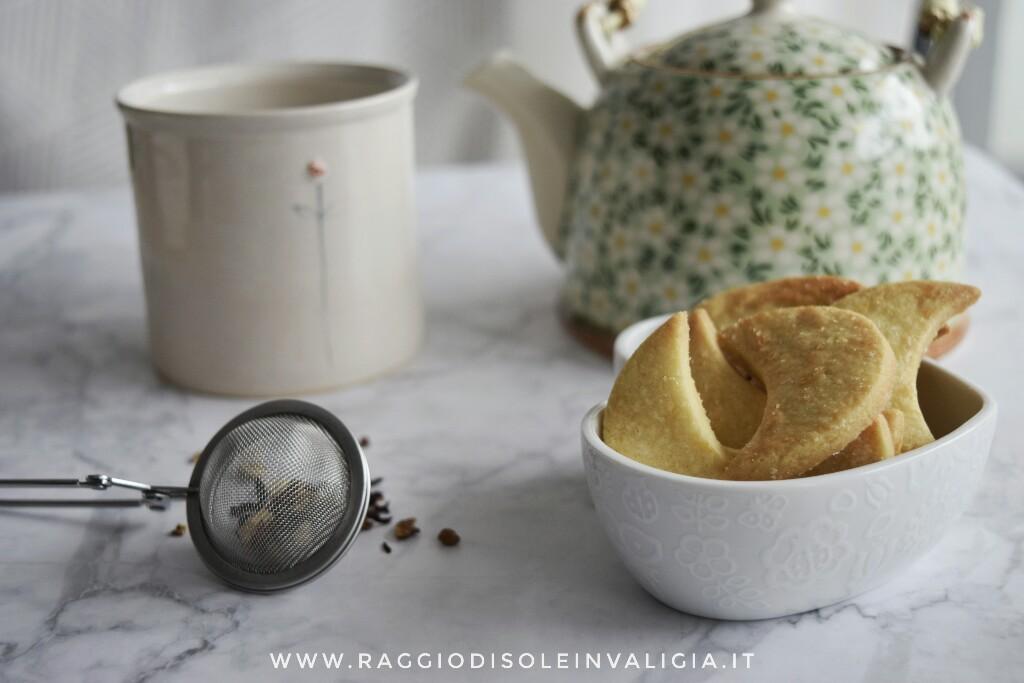 biscotti friabili mezzelune agli agrumi per merenda