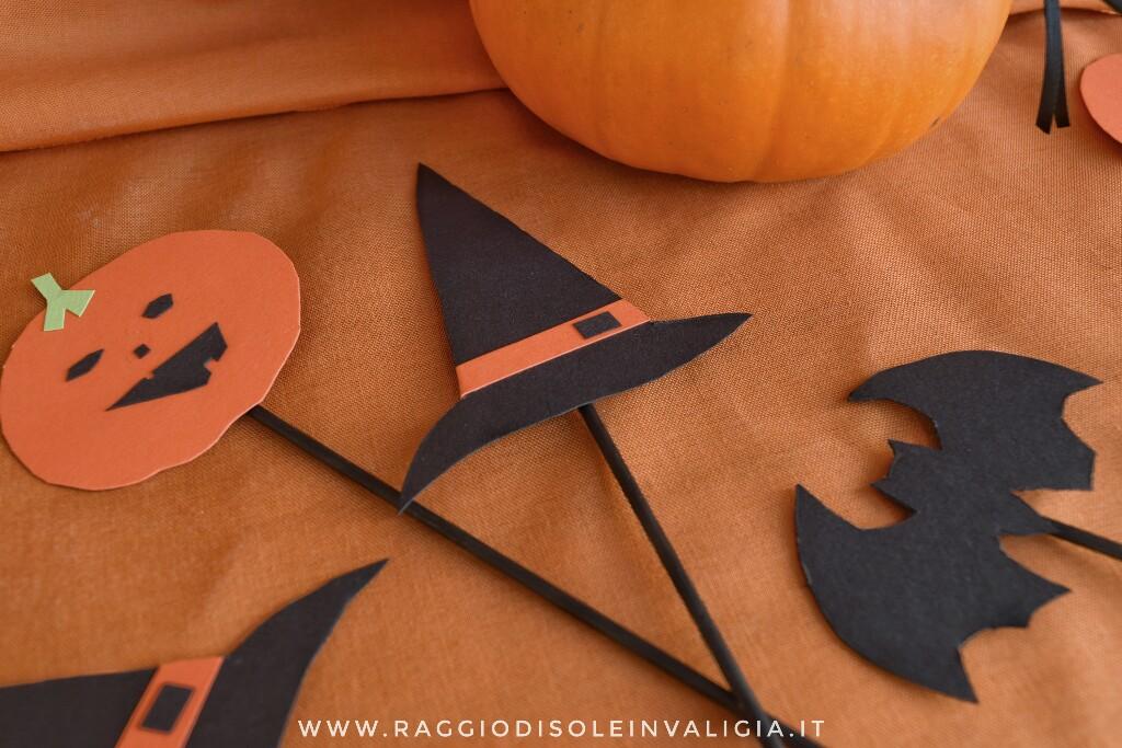 decorazioni con la carta sulla stecco per Halloween, semplici e veloci