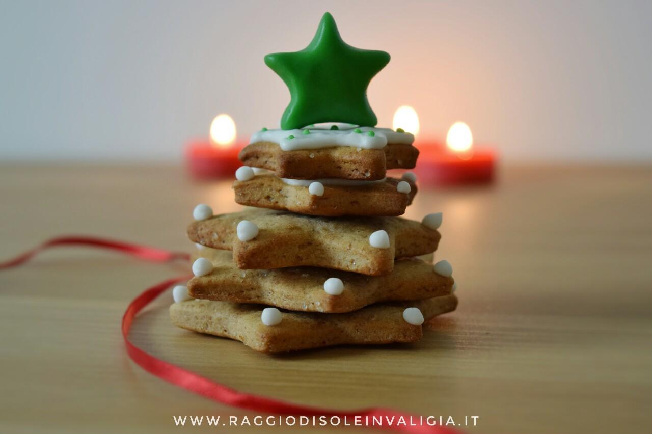 Abero di biscotti pan di zenzero (Gingerbread)