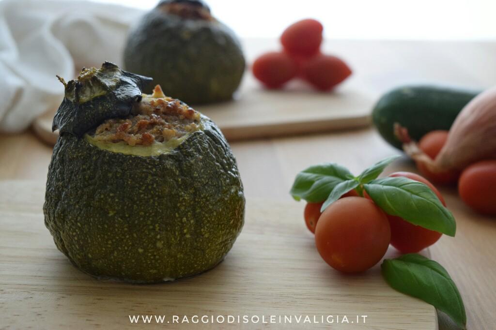 ricetta per preparare delle zucchine tonde ripiene di carne