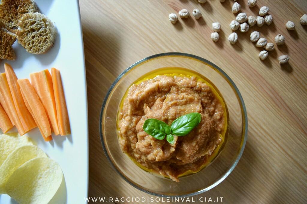 3 ricette con i ceci: hummus di ceci e pomodori secchi