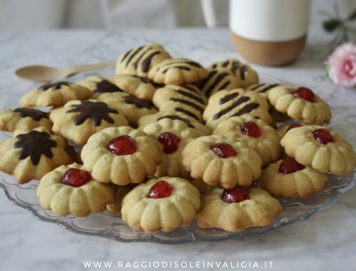 Semplice ricetta per biscotti di frolla montata al burro