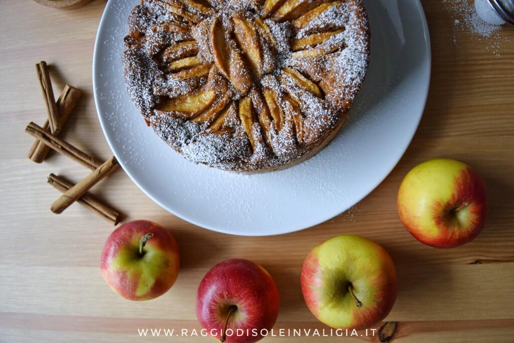 torta di mele e cannella, senza burro, alta e profumata