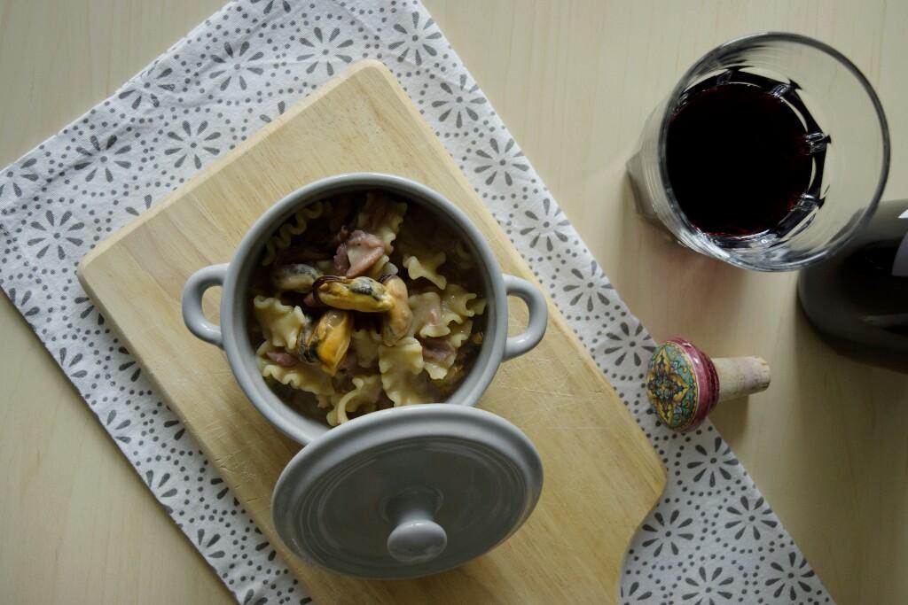 ricetta originale della tradizione napoletana:pasta e fagioli con le cozze