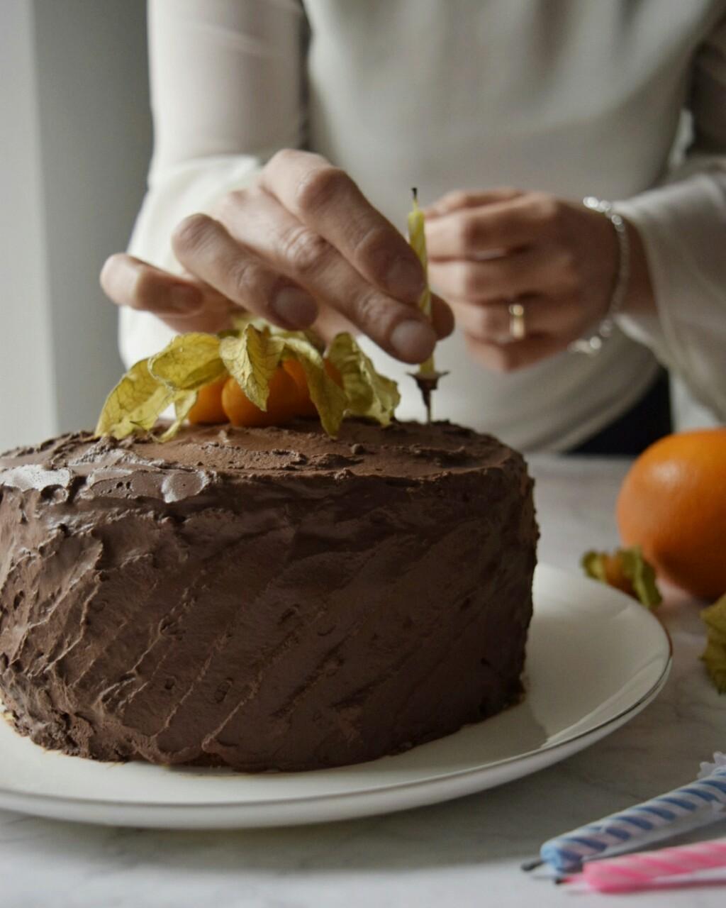 Ricetta semplice, torta senza latte arancia e cioccolato fondente
