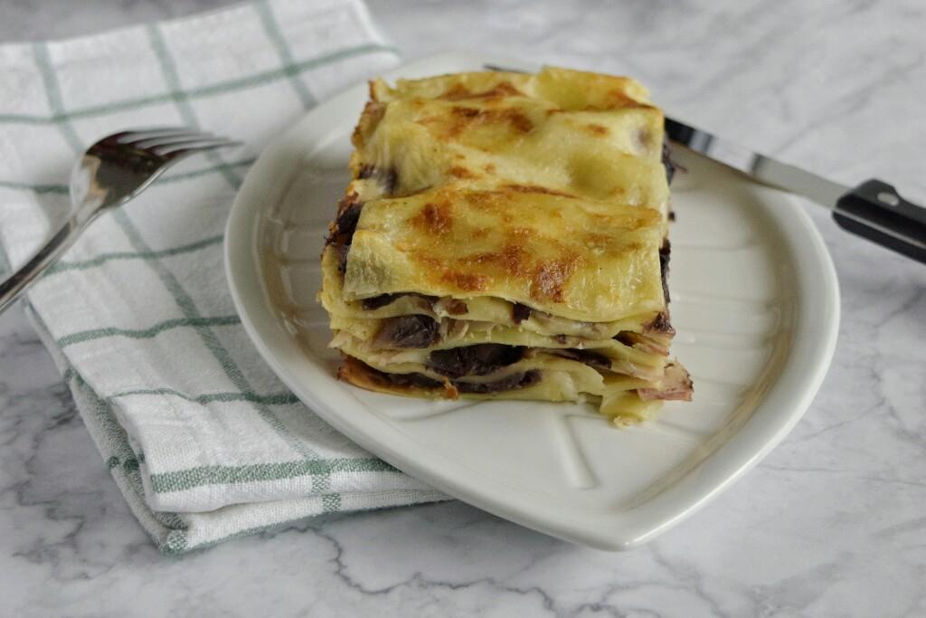 Lasagne bianche con radicchio e brie, ricetta semplice