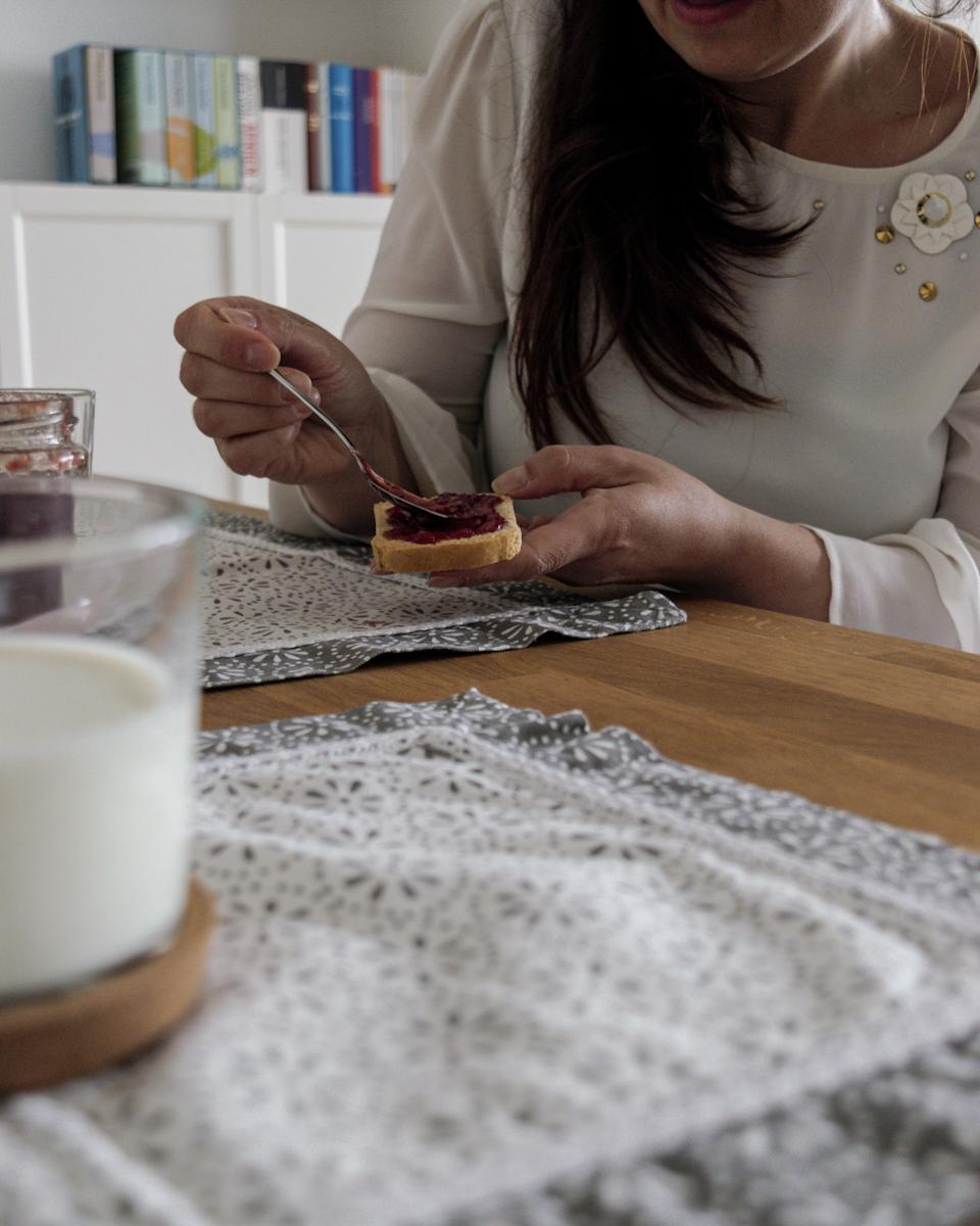 Colazione con confettura di fragole alla vaniglia