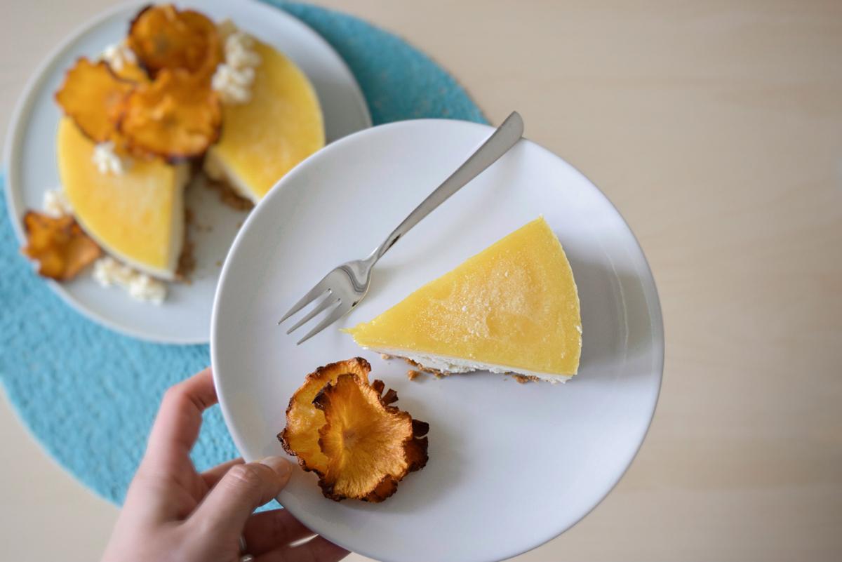 Fetta di cheesecake gelato esotica