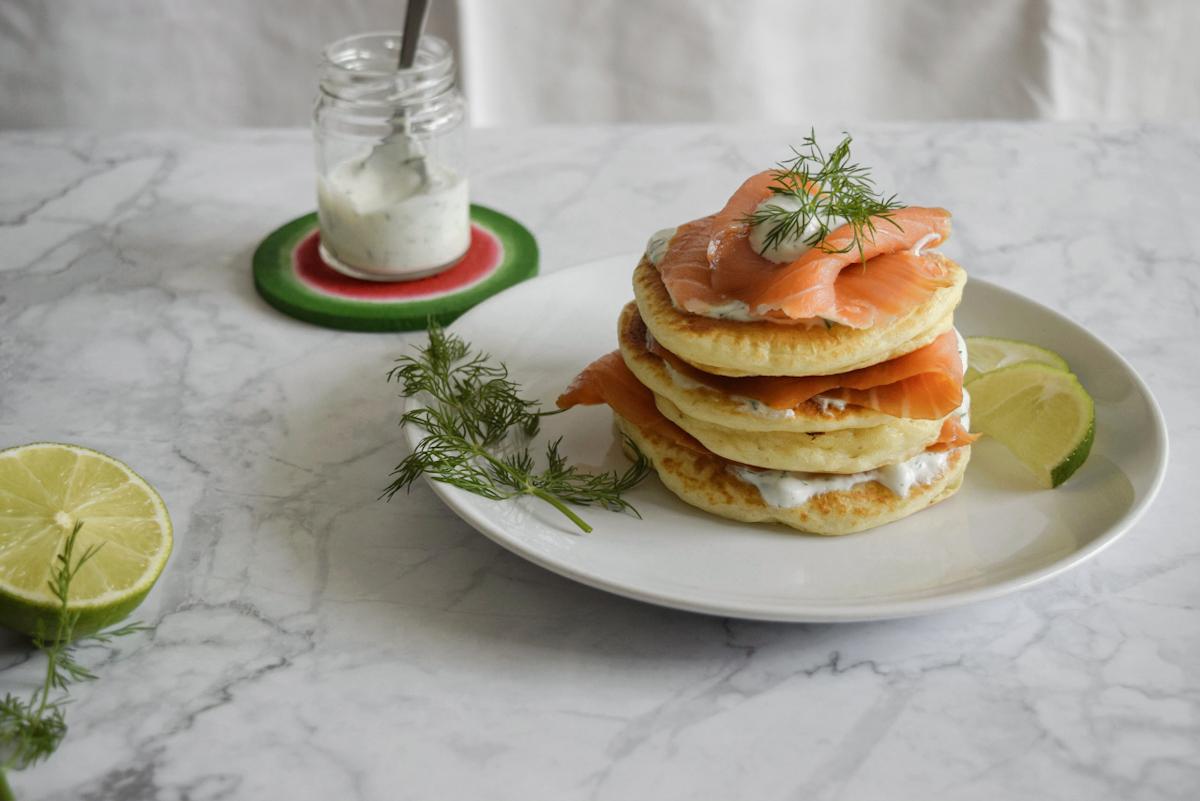 Pancake salati al salmone affumicato