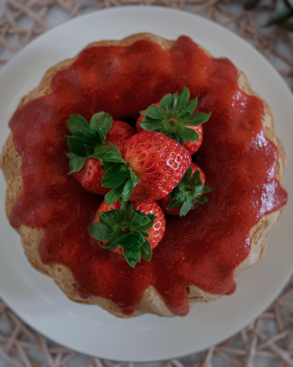 Ricetta semplice e veloce: ciambella pan di fragole
