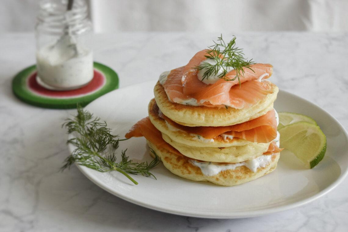 ricetta semplice pancake salati al salmone affumicato