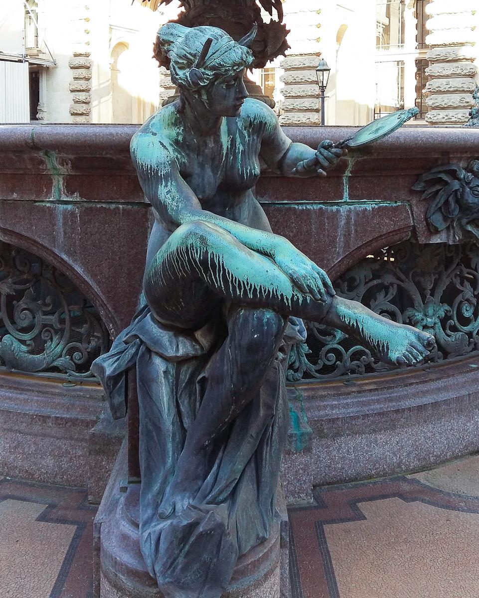 Statua Hygieia-Brunnen Hamburg