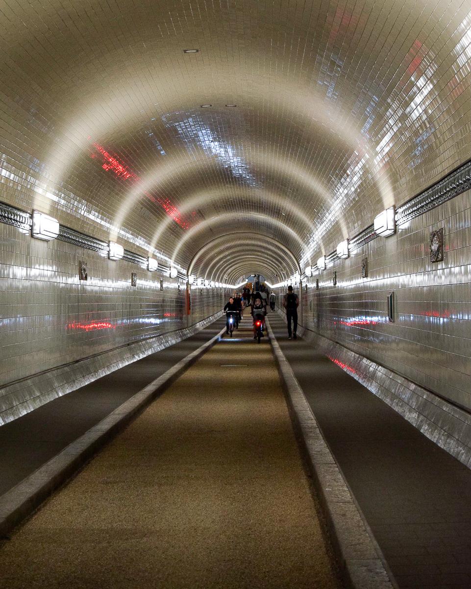 Vecchio tunnel sotto l'elba ad Amburgo