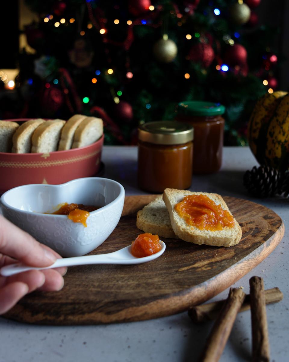 Confettura o marmellata di zucca e cannella