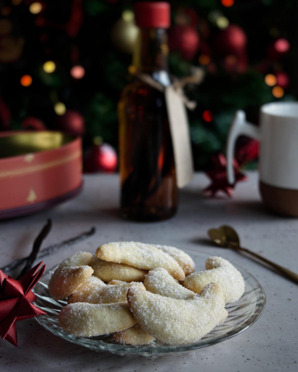 Ricetta semplice dei Vanillekipferl, i biscotti tedeschi alla vaniglia