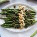 Asparagi arrostiti di Ottolenghi contorno semplice e vegano